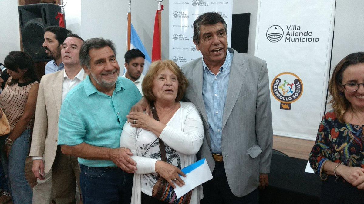 Villa Allende: Se entregaron créditos Vida Digna