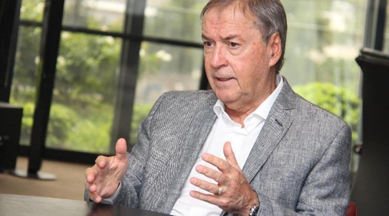 El gobernador Schiaretti viaja a Kuwait y Viena