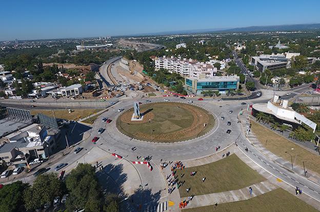 Se habilitó la circulación total en la nueva rotonda de la Mujer Urbana