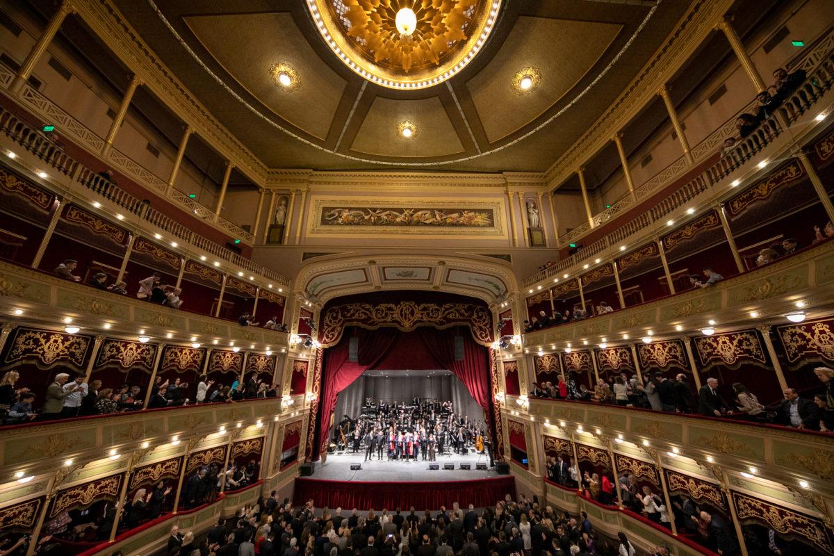 La Provincia reinauguró el Teatro del Libertador San Martín
