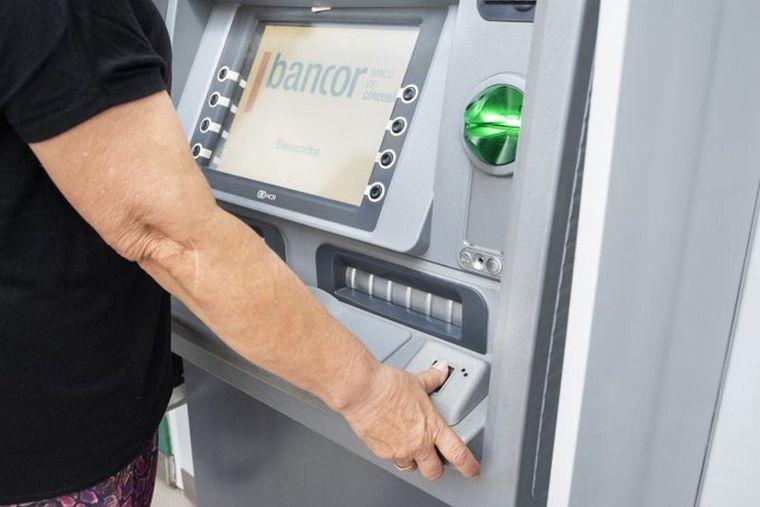 Mendiolaza: Solicitan que el único cajero automático entregue billetes de denominación alta.