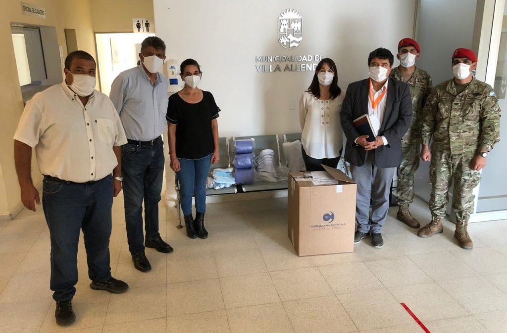 El COE y el Ministerio de Salud entregaron elementos de protección a las localidades de Sierras Chicas