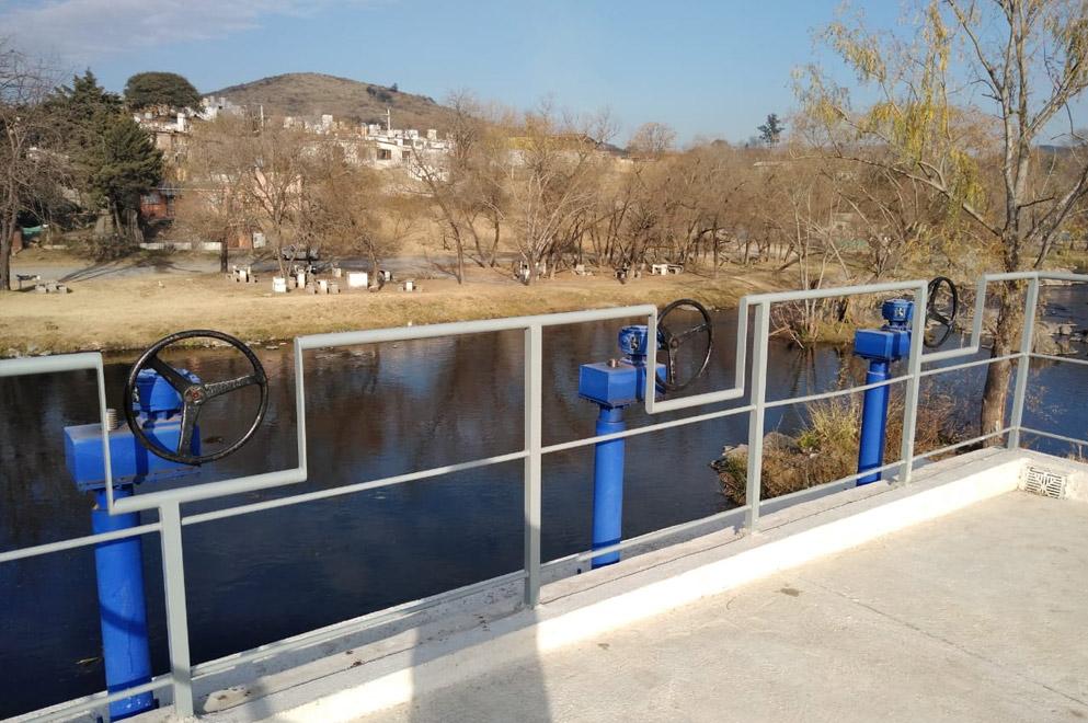La Calera: ejecutan obra para optimizar el suministro de agua