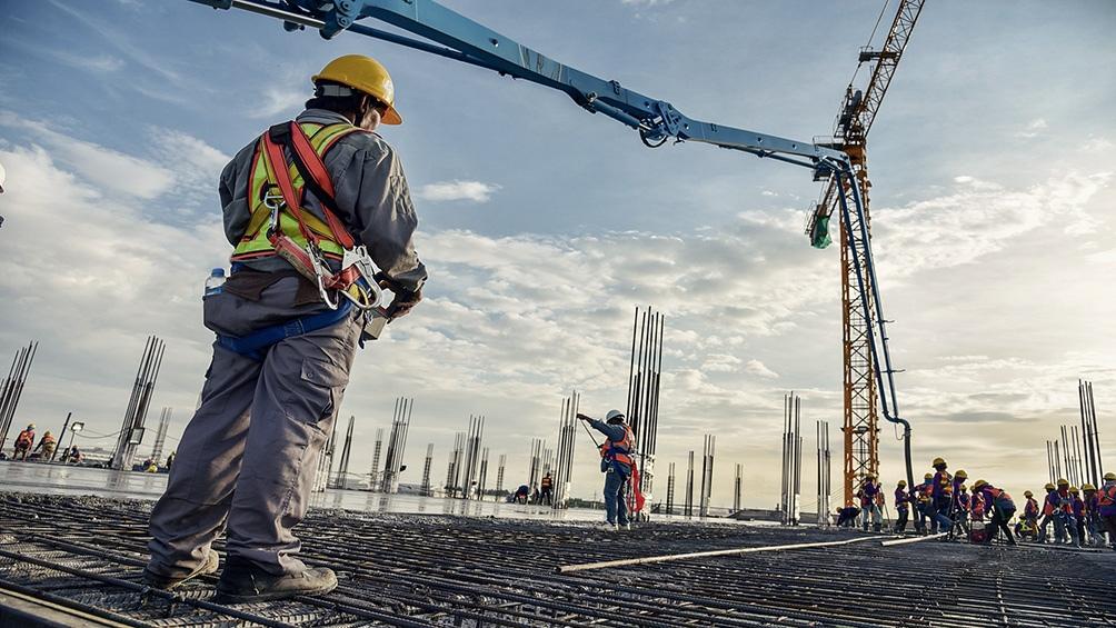 Envían proyectos al Congreso con incentivos fiscales para la construcción y para crédito hipotecario