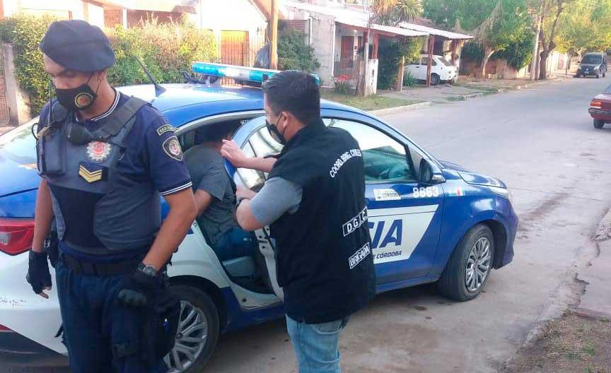 Allanamientos en Cosquín por robos a ciclistas en Villa Allende