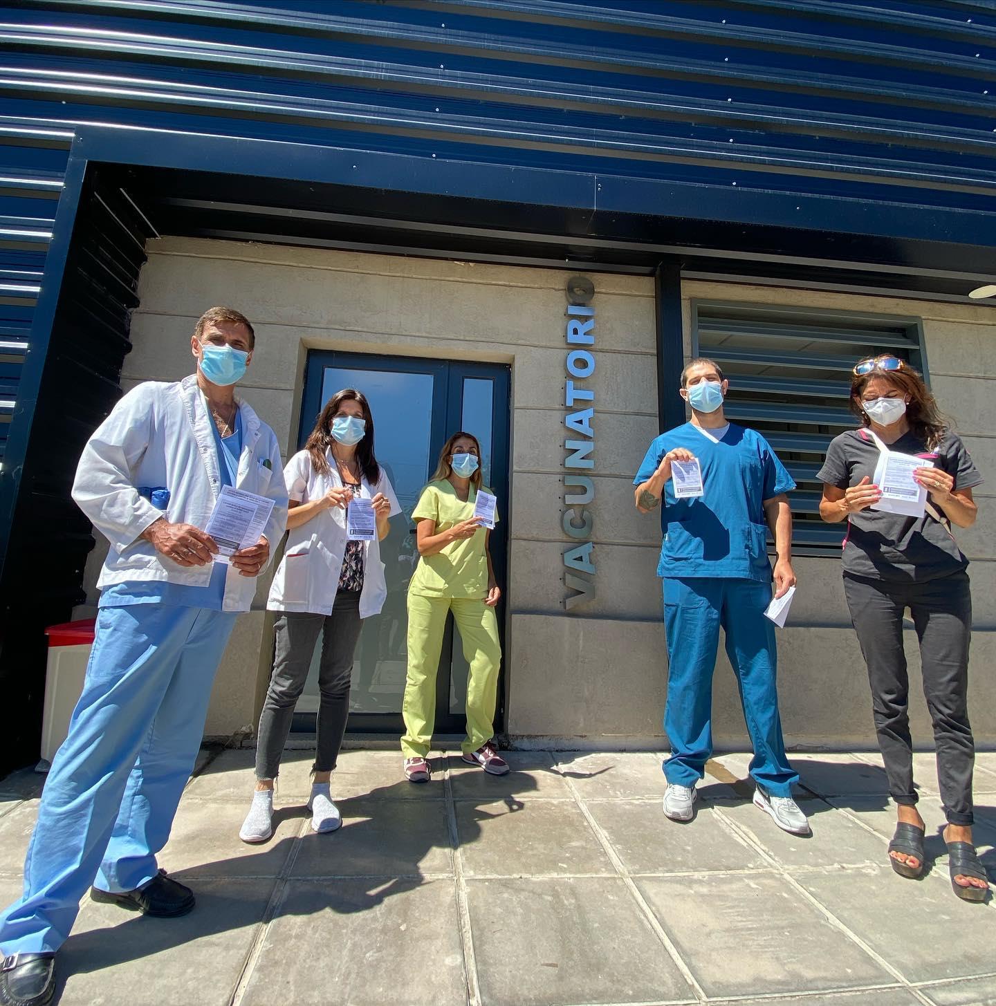 COVID19: Comenzó la vacunación para personal de salud y trabajadores del hospital Josefina Prieur ya recibieron su dosis.