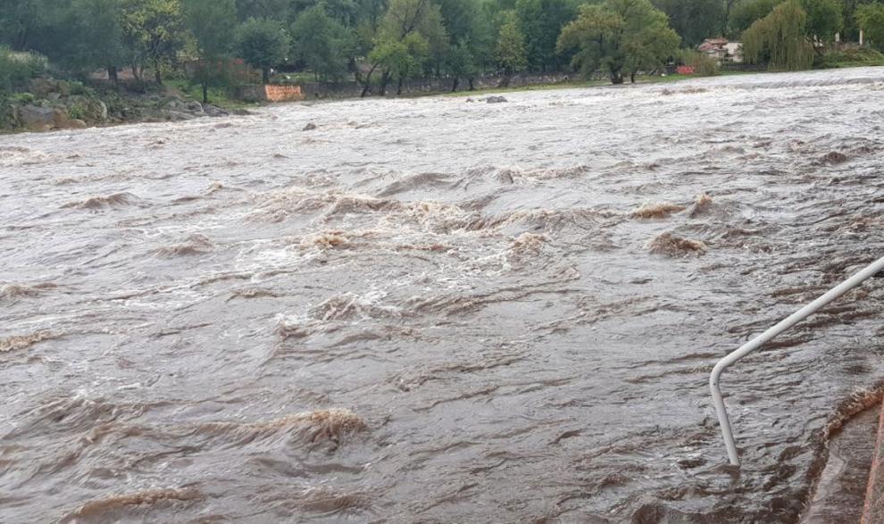 Precaución ante la crecida de ríos