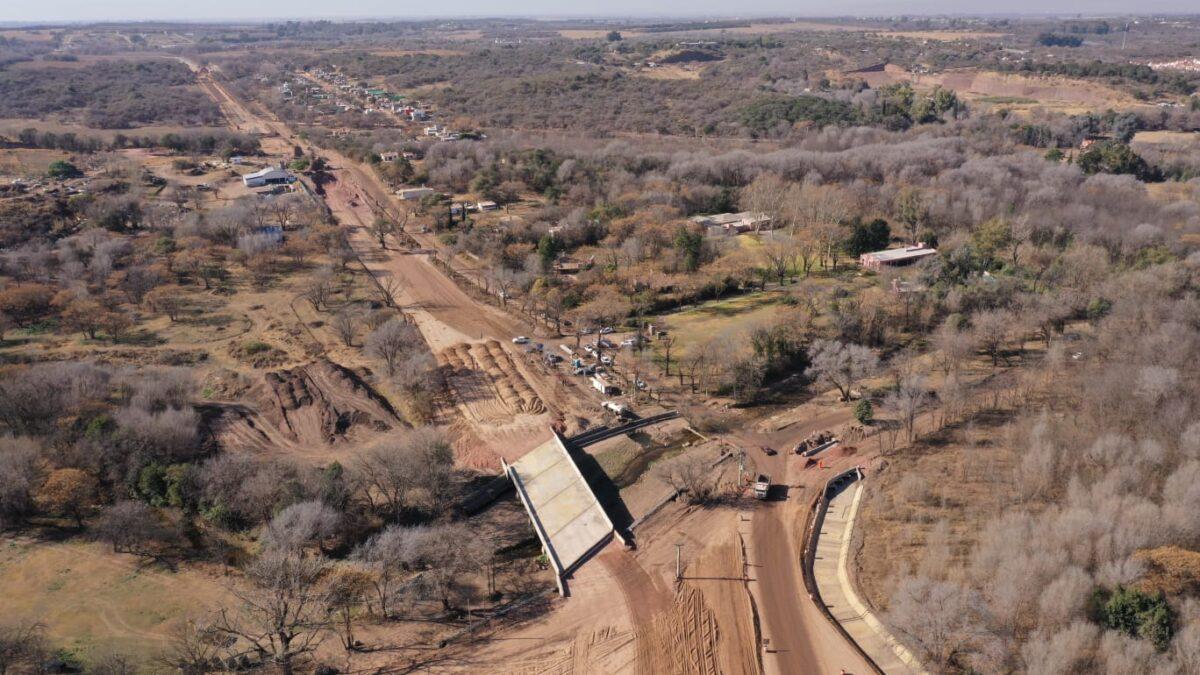 Unquillo: avanzan las obras para la  pavimentación de la ruta provincial S-441