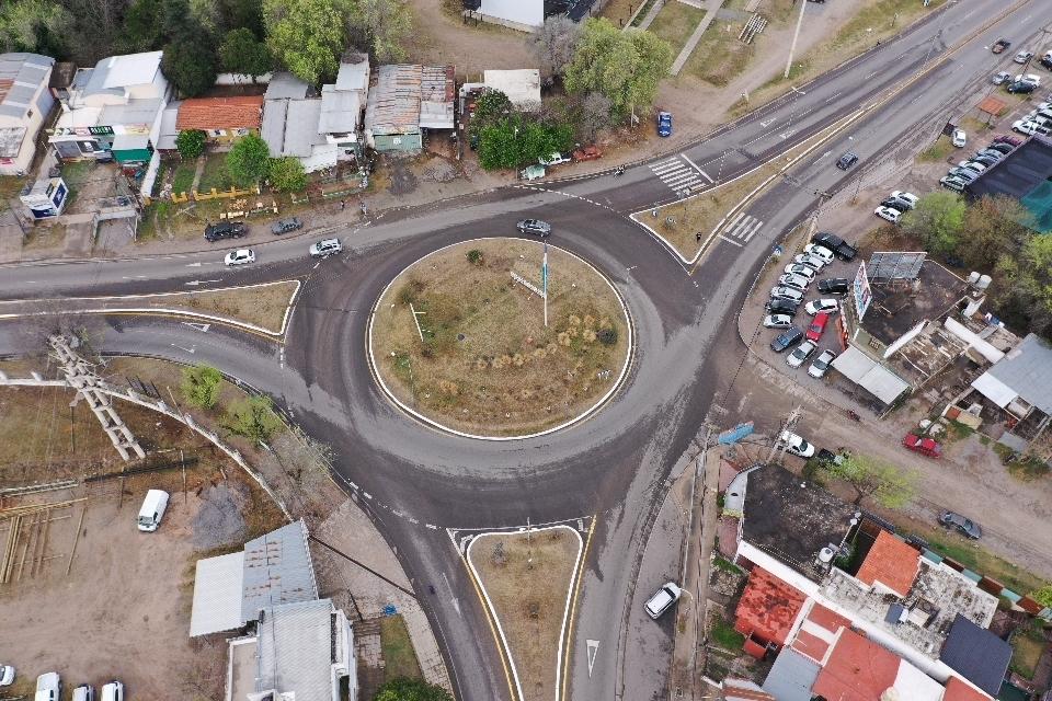 Río Ceballos: finalizó la repavimentación de dos arterias centrales